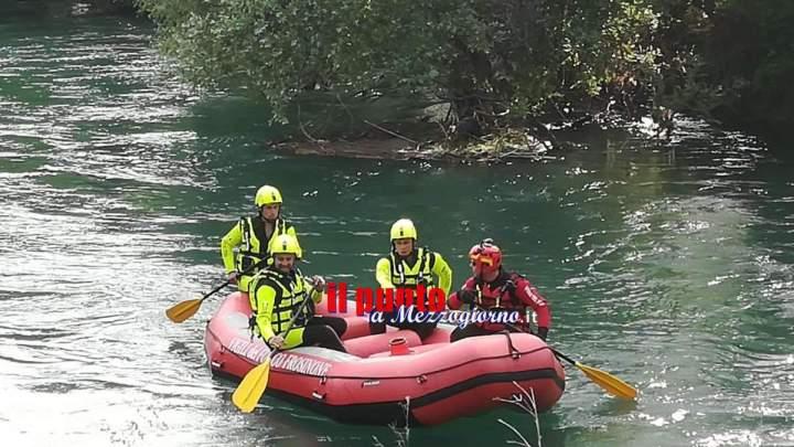 Esce di casa per andare a lavorare, operaio trovato morto nel fiume Liri