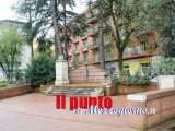 Il Monumento diventa palcoscenico, anche noi chiediamo scusa ai Caduti di Cassino