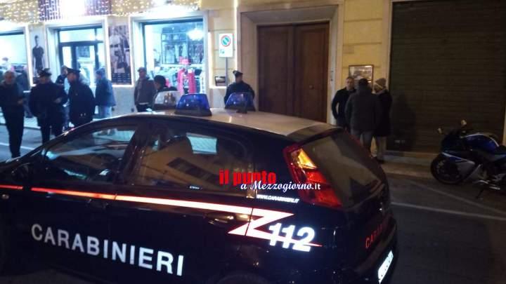 Tre morti a Formia uccisi a colpi di pistola, si ipotizza duplice omicidio con suicidio