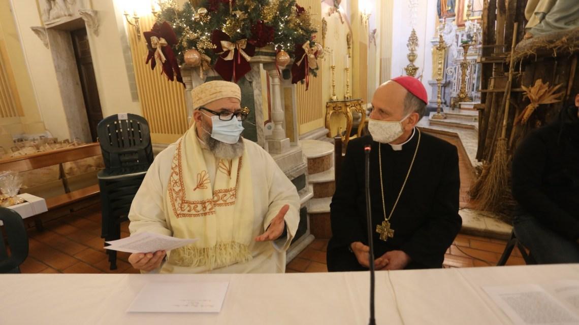 Cattolici e musulmani pregano insieme a Cassino rispettando ciascuno il credo dell'altro