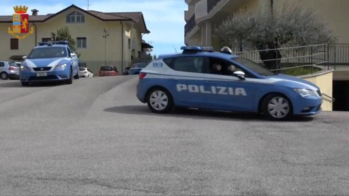 Truffa dello specchietto: a Cassino la Polizia di Stato arresta due pregiudicati