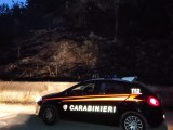 Prova a nascondersi nel sottobosco dopo aver appiccato un incendio, 50enne arrestato ad Agnone