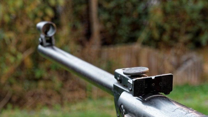 Spara durante caccia al cinghiale a Tolfa e uccide cacciatore 42enne, indagato 27enne