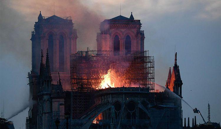 Incendio di Notre Dame