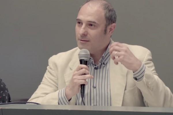 Il giornalista e regista italiano Franco Fracassi