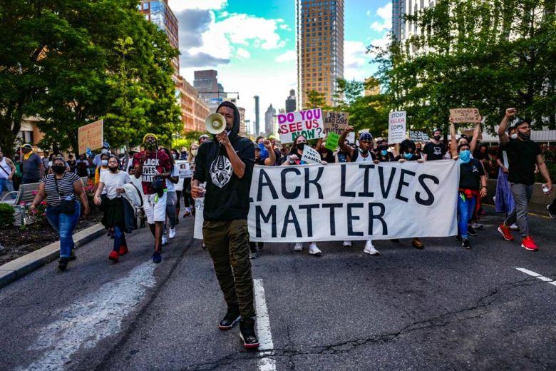 Manifestazione di #Blacklivesmatter