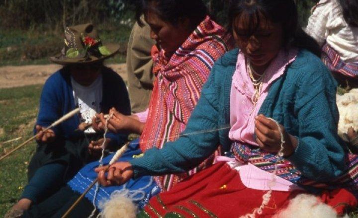Nella carità la lana si fa arte