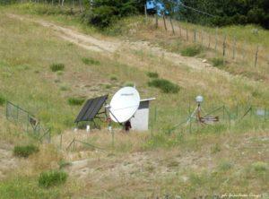 Stazione di monitoraggio della Rete Sismica Nazionale situata sulla Sila - foto Gianluca Congi ©