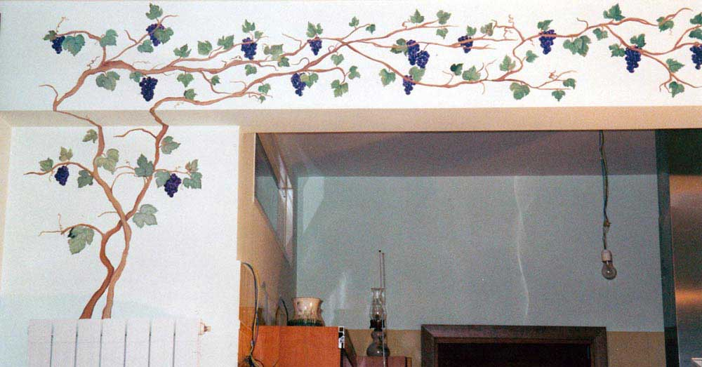 Decorazione dinterni a Roma realizzazione murales disney fantasy o artistici per camerette