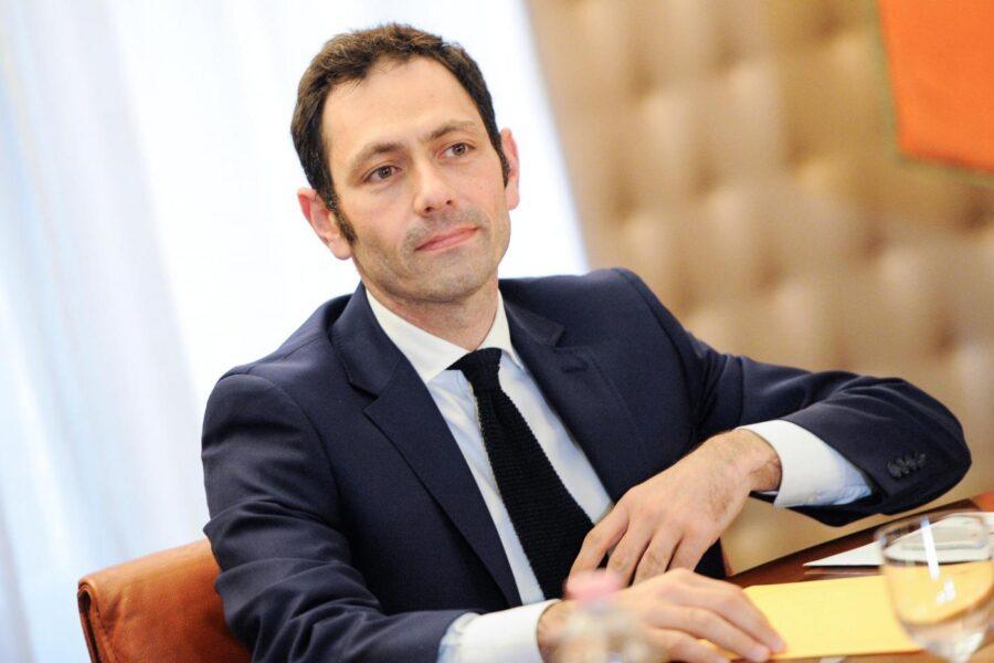 Chi è Ruggero Razza, l'assessore alla Sanità in Sicilia indagato per la  presunta manipolazione dei dati covid - Il Riformista