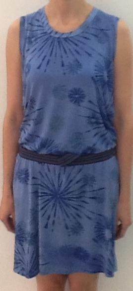 Jerseykleid mit Falten - von vorne