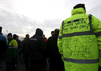 https://i0.wp.com/www.ilsole24ore.com/art/SoleOnLine4/ARCH_Immagini/Mondo/2009/01/operai-inglesi-protesta-324.jpg