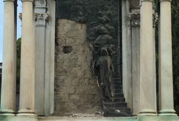 monumento sposa