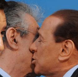 """Berlusconi su Bossi: """"Penso sia una risorsa"""". Salvini """"Lo penso anch'io"""""""