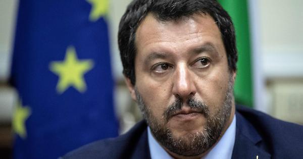 Il progetto di Salvini: partito unico del Centro-Destra