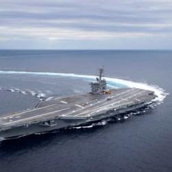 Trump muove portaerei e caccia verso l'Iran