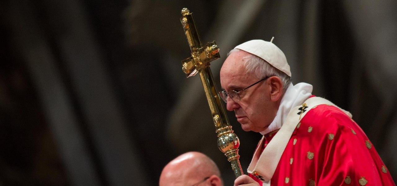 Francesco: Papa gesuita raccontato da Pascal e Moretti tra morale e psicologia