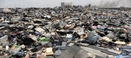 Consumo dunque sono, Bauman ci mette in guardia dal distruggere il pianeta