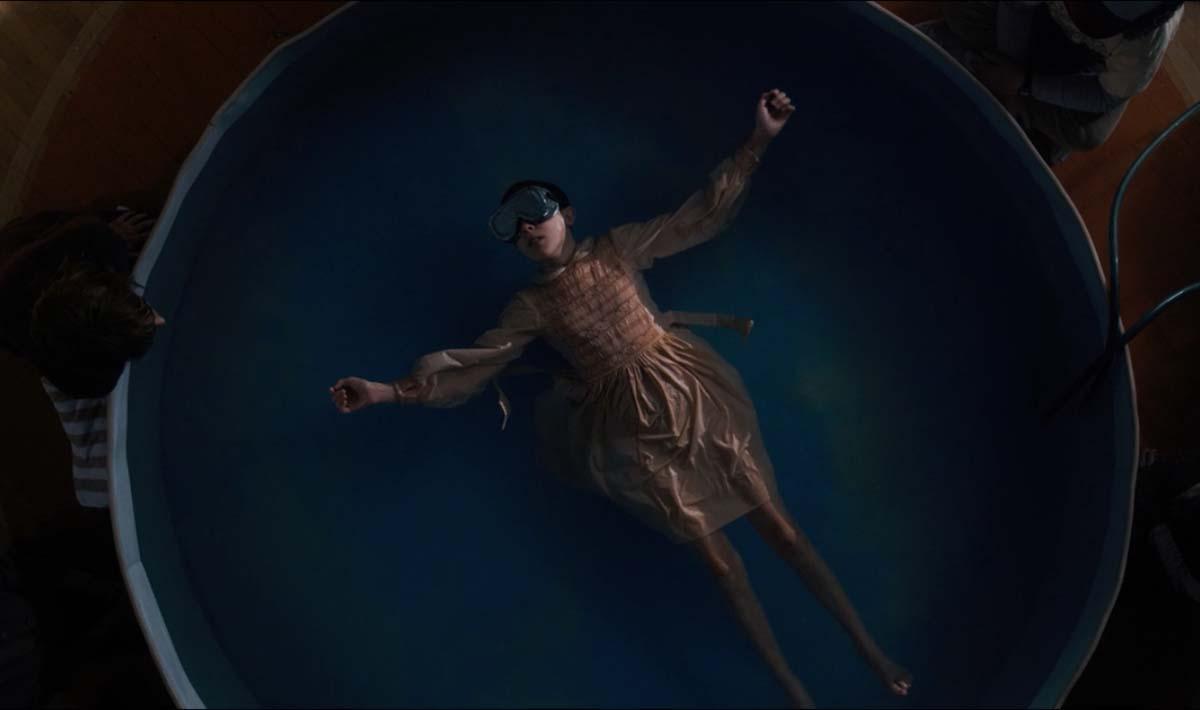 Costruendo una vasca di deprivazione sensoriale potremmo davvero accedere al Sottosopra come in Stranger Things?