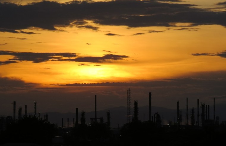 L'attacco all'Arabia Saudita e gli interessi dietro il petrolio