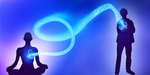 """8 Tipi di """"vampiri energetici"""": psicologia di chi ti sta accanto risucchiandoti energia"""