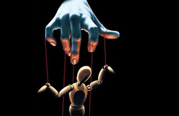 7 Tecniche di manipolazione psicologica: riconoscerle per imparare a difendersi
