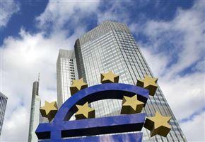 SPY FINANZA/ La pantomima tra Italia e Ue per aiutare Bce e Merkel