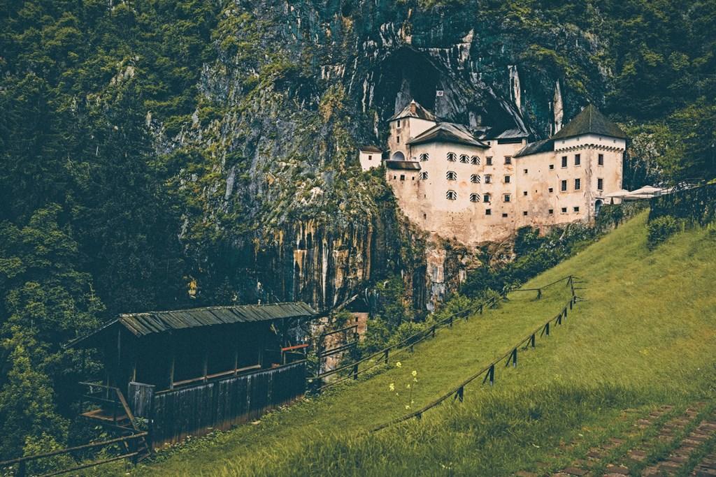 Grotte di Postumia e il Castello di Predjama - tutte le informazioni