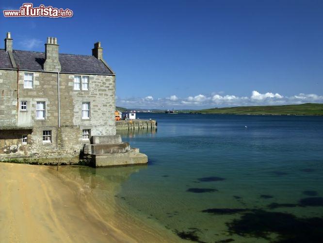 Casa sul mare delle Shetland vicino a Lerwick   Foto Shetland