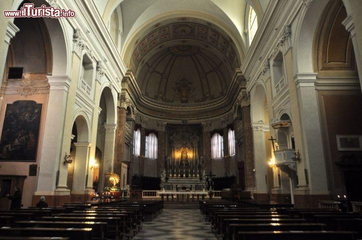 Interno della Cattedrale di Comacchio dedicata   Foto Comacchio
