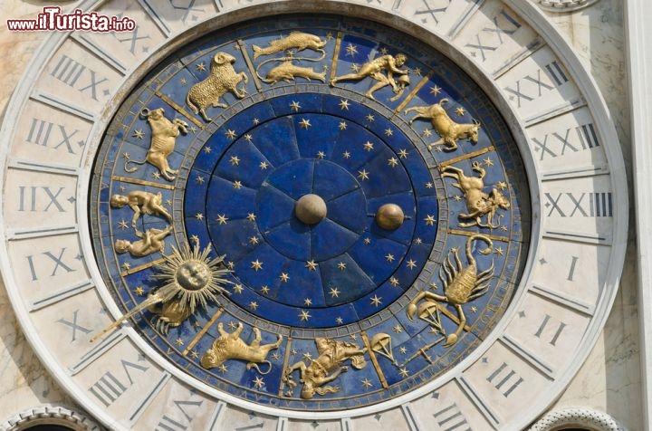 Orologio con lo Zodiaco a Venezia torre dellOrologio