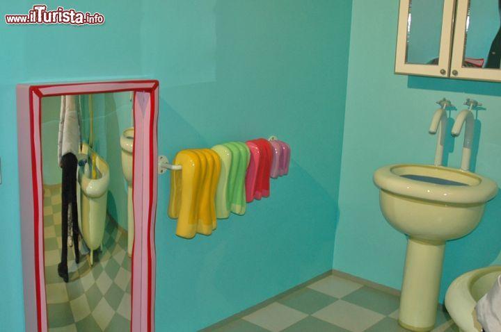 Il bagno della casa di Peppa Pig a Leolandia  Foto Leolandia