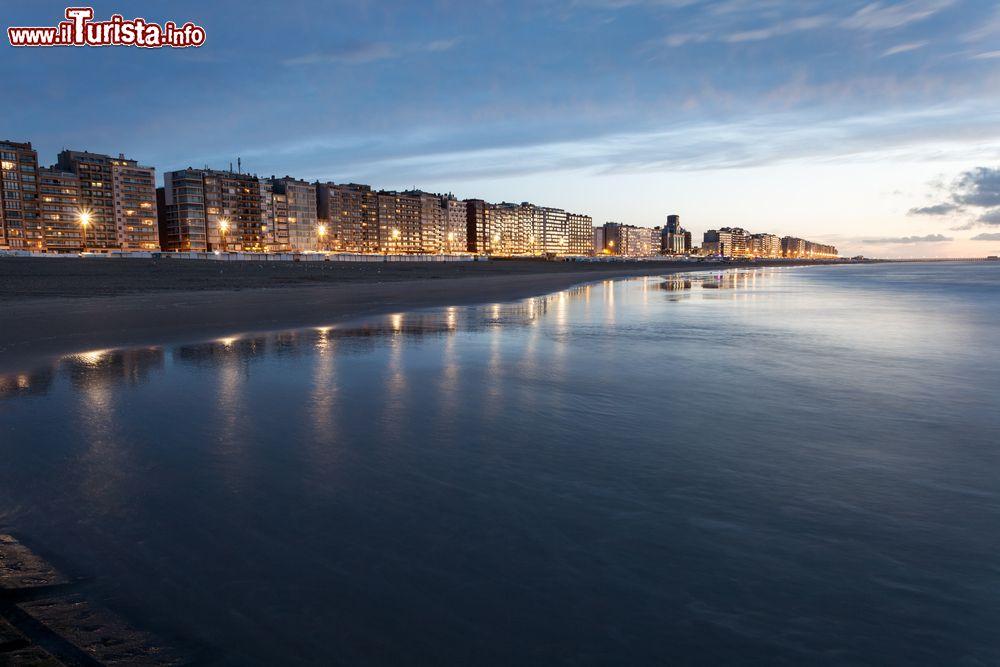 Mare del Nord al tramonto a Blankenberge Belgio   Foto Blankenberge