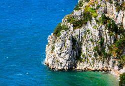 Soggiorno in convento monastero eremo abbazia e santuario ecco dove in Italia  Itinerari e