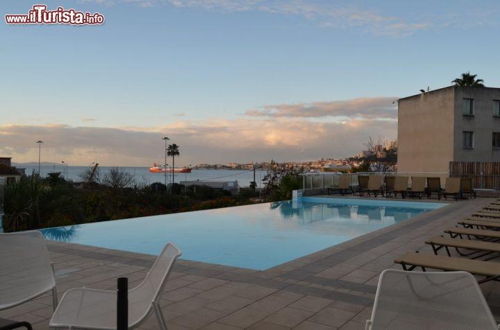 Il buongiorno di Ajaccio dalla terrazza dellhotel   Foto Ajaccio