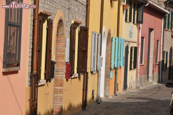 Le casette colorate del Borgo di San Giuliano  Foto