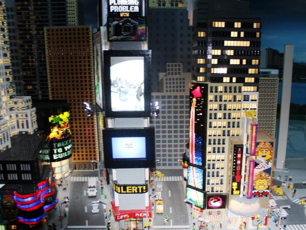 York Welcomes Legoland Discovery Center March 27