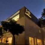 Luces solemnes y emotivas acompañan al visitante del Museo de la Memoria y la Tolerancia