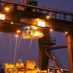 Luminarios HID de servicio pesado para ambientes demandantes