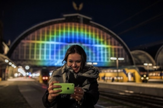Rainbow-Station-by-Roosegaarde-2-537x357