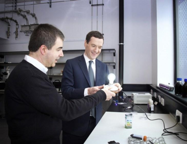 Konstantin Novosiolov, Premio Nobel de Física 2010, y George Osborne, Cansiller de Hacienda del Reino Unido