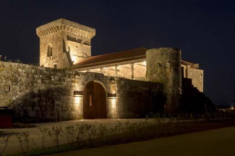 Nueva Iluminación del Castillo de Monterrei