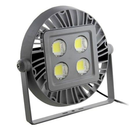 Luminario con LEDs para uso exterior con controlador LED incluido. Foto Lighting Master ©