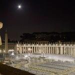 Una nueva luz para la Plaza de San Pedro en el Vaticano