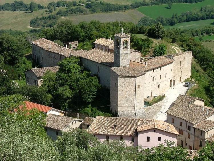 Castello di Croce  Caldarola MC
