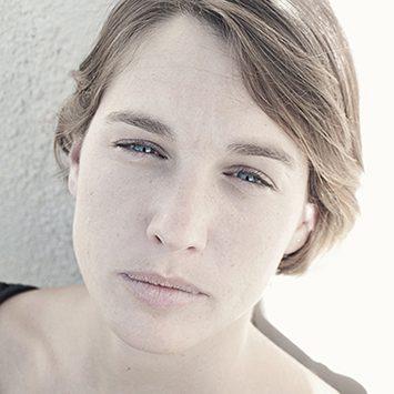 María Alconada Brooks