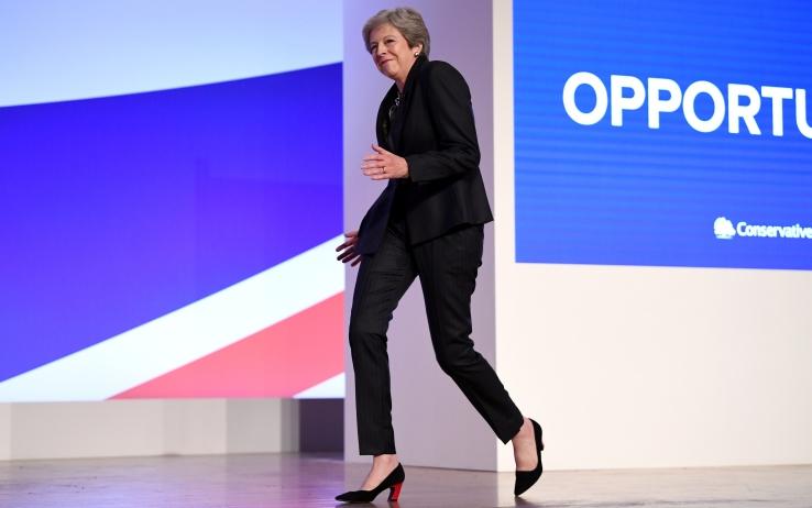Nessuna proroga lunga per la Brexit. Lo ha deciso la May