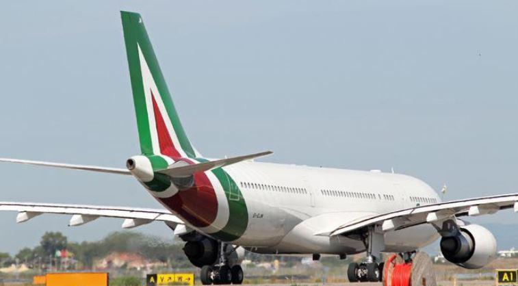 Arrivano le offerte per Alitalia: Atlantia, Toto, Claudio Lotito e Avianca