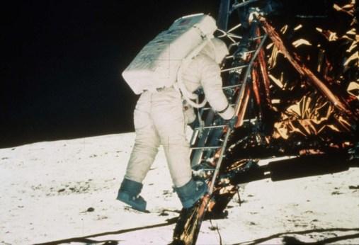 matera, sbarco sulla luna