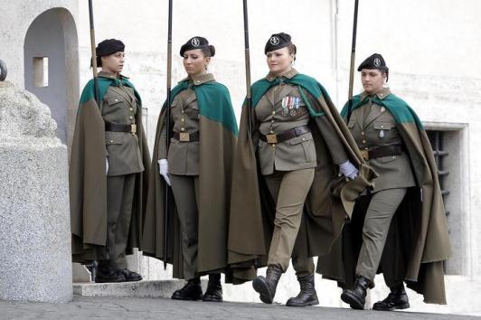 soldatesse, servizio militare